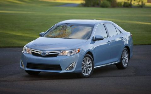 A look at the 2012 Toyota Camry Hybrid.
