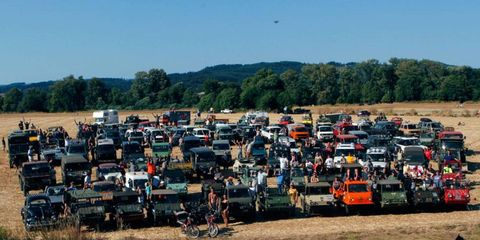 A group shot of NorthWest MogFest 2012 participants in Sheridan, Ore.