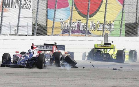 Meira Andretti and Carpenter crash