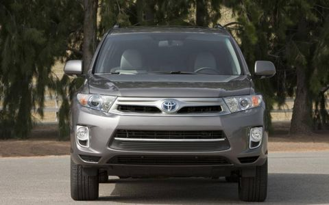 The 2013 Toyota Highlander Hybrid Limited is certainly not the car enthusiasts ride of choice.