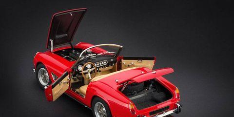 Wheel, Automotive design, Vehicle, Classic car, Toy, Car, Automotive exterior, Fender, Antique car, Roadster,