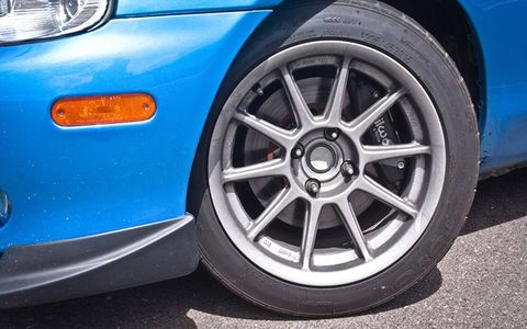 TR Motorsport supplied the wheels.