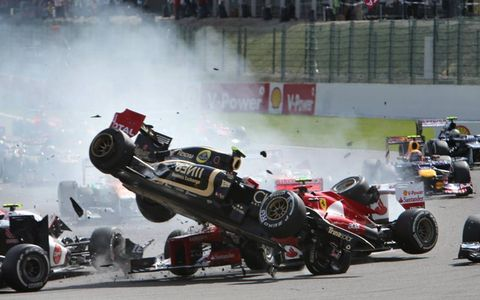 2012 Belgian Grand Prix: Crash at the start of the race.
