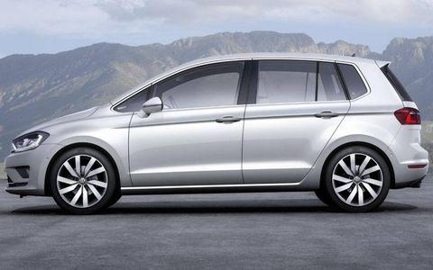 Tire, Wheel, Mode of transport, Automotive design, Vehicle, Automotive tire, Land vehicle, Alloy wheel, Car, Automotive mirror,