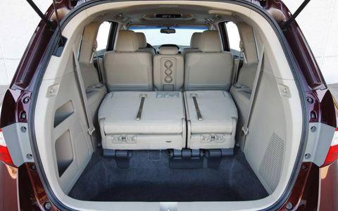 Vehicle, Trunk, Car, Car seat, Sport utility vehicle, City car, Luxury vehicle, Family car, Car seat cover, Kit car,