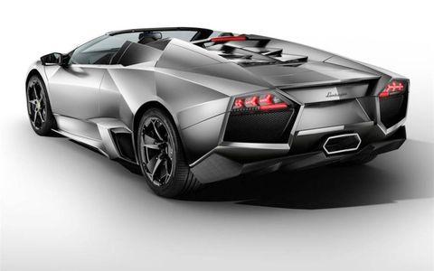 Tire, Wheel, Mode of transport, Automotive design, Vehicle, Automotive exterior, Transport, Rim, Automotive lighting, Vehicle door,