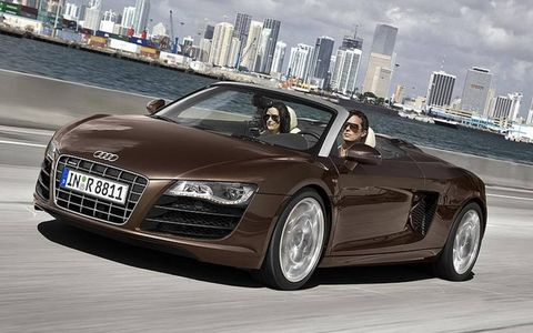 Tire, Wheel, Mode of transport, Automotive design, Vehicle, Grille, Automotive mirror, Headlamp, Car, Personal luxury car,