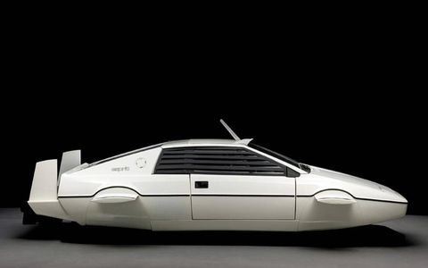 This Lotus Esprit was built to be a wet sub, filling with water, it can propel itself under water.