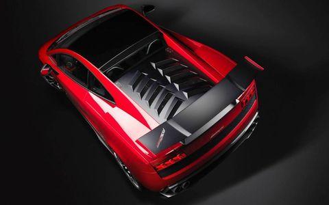 Automotive design, Automotive exterior, Supercar, Vehicle door, Performance car, Luxury vehicle, Sports car, Bumper, Toy, Model car,
