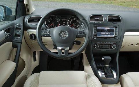 Motor vehicle, Steering part, Mode of transport, Automotive design, Product, Transport, Brown, Steering wheel, Vehicle, Automotive mirror,