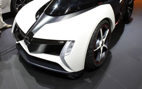 A close-up look at the lower half of the Opel Rak e concept