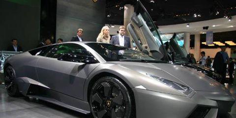 Tire, Wheel, Automotive design, Mode of transport, Vehicle, Event, Land vehicle, Rim, Car, Supercar,