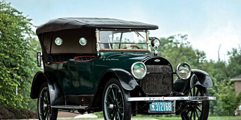 The Chevrolet D-Series sports a three-speed manual transmission.