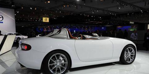 Tire, Wheel, Automotive design, Alloy wheel, Vehicle, Spoke, Rim, Automotive wheel system, Performance car, Car,