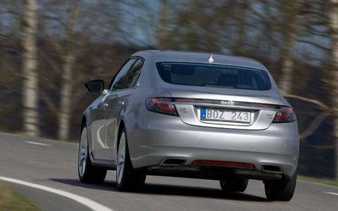 Paris Motor Show: 2011 Saab 9-5
