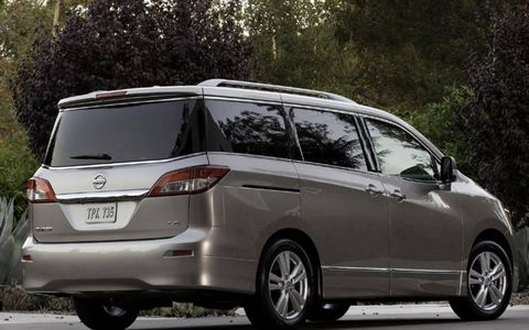 Tire, Wheel, Mode of transport, Glass, Vehicle, Automotive design, Automotive mirror, Land vehicle, Transport, Car,