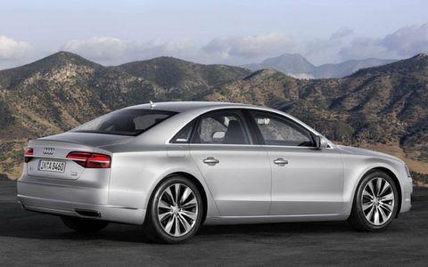 Tire, Wheel, Automotive design, Mountainous landforms, Vehicle, Alloy wheel, Mountain range, Rim, Infrastructure, Road,