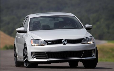 The 2013 Volkswagen Jetta GLI Autobahn is equipped with a 2.0-liter turbocharged I4 producing 200 hp and 207 lb-ft of torque.