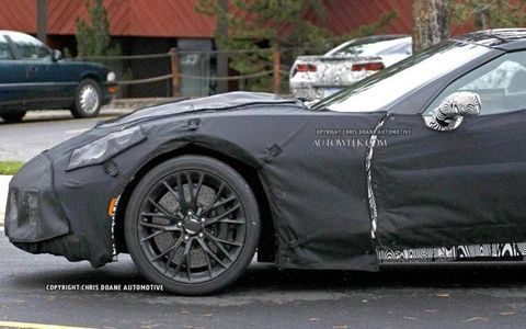 Side spy photo view of the 2015 Chevy Corvette Z06
