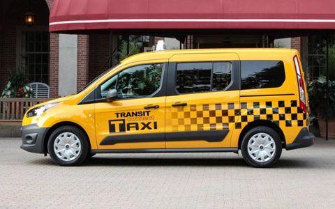 Motor vehicle, Mode of transport, Transport, Yellow, Vehicle, Land vehicle, Automotive design, Van, Car, Automotive mirror,