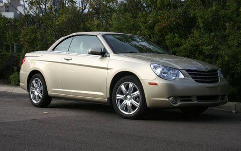 Driver's Log Gallery: 2010 Chrysler Sebring Convertible