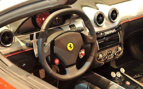 Motor vehicle, Steering part, Mode of transport, Steering wheel, Automotive design, Vehicle, Transport, Speedometer, Car, Gauge,