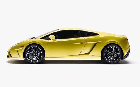 A profile view of the 2013 Lamborghini Gallardo LP-560-4 that debuted at the Paris motor show.