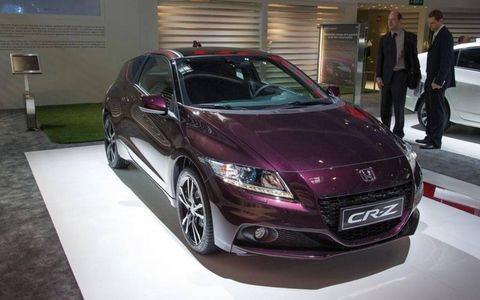 The hybrid 2013 CR-Z will come equipped with a 15 kW lithium-ion battery instead of the 10 kW nickel-metal-hydride pack currently in the vehicle.