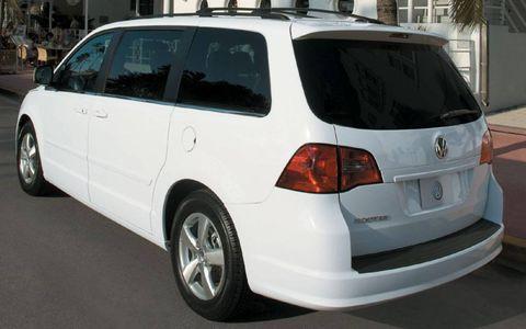 Driver's Log Gallery: 2010 Volkswagen Routan SE