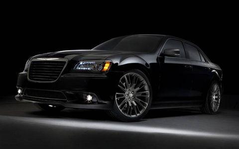 Tire, Wheel, Automotive design, Automotive tire, Vehicle, Automotive lighting, Hood, Headlamp, Grille, Rim,