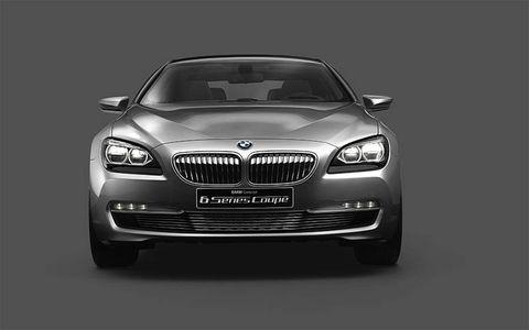 Motor vehicle, Automotive design, Mode of transport, Product, Hood, Infrastructure, Automotive exterior, Grille, Car, Headlamp,