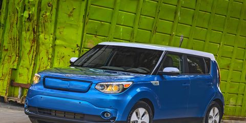 To refresh, the front-wheel-drive Soul uses an 81.4-kW electric motor producing 109 hp and 210 lb-ft of torque.