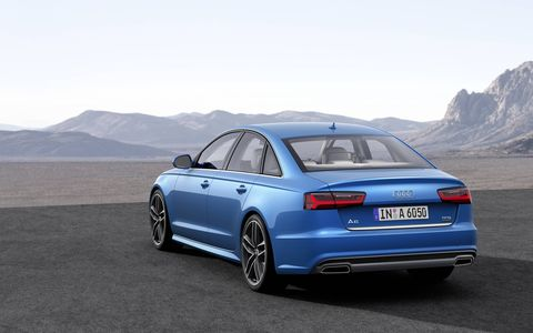 The 2016 Audi A6 gets new taillights.