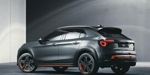 Lynk & Co sticks with strange names for its crossovers for the upcoming 02.