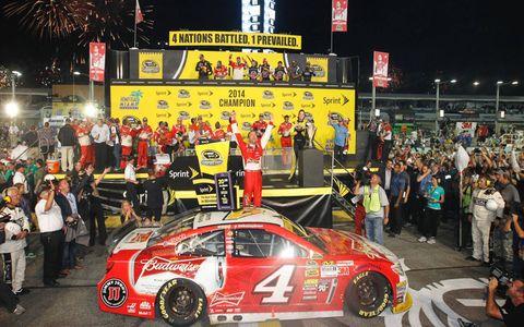 Kevin Harvick celebrates his championship for Chevrolet.
