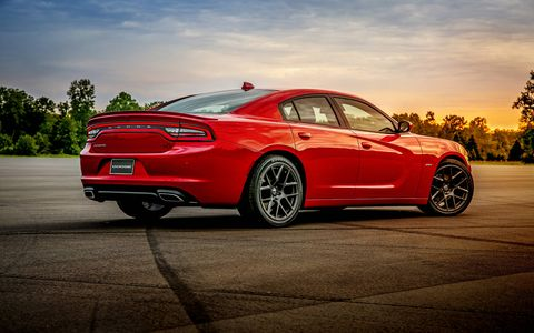 Chargers with the 3.6-liter engine get 31 mpg on the highway.