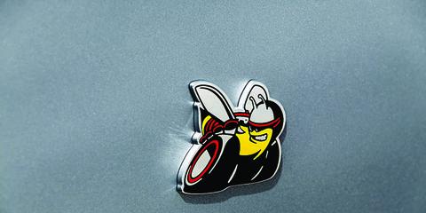 Symbol, Carmine, Beak, Graphics, Ducks, geese and swans, Emblem,