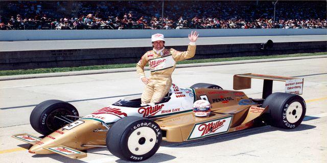 84 Danny Sullivan Pilots Miller High Life Livery In 1988 Indy 500 Znajdź najnowsze utwory, albumy i obraz stevewilldoit. 84 danny sullivan pilots miller high