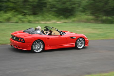 The 2015 Panoz Esperante Spyder gets either a six-speed manual or six-speed automatic.