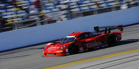 Memo Gidley says he will be back in a race car.