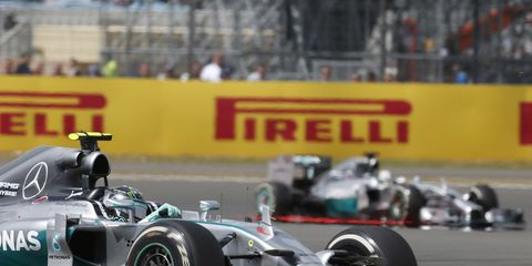 Points leader Nico Rosberg is hoping to keep Mercedes F1 teammate Lewis Hamilton in his shadow for the final nine races of the Formula One season.