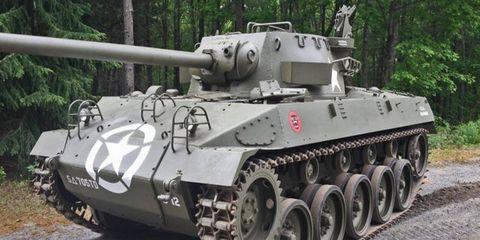 Motor vehicle, Mode of transport, Tank, Combat vehicle, Military vehicle, Photograph, Self-propelled artillery, Machine, Iron, Design,