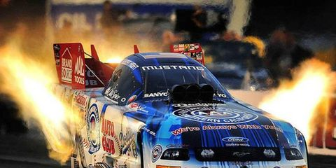 Robert Hight is hoping to win the NHRA Funny Car title in Pomona next weekend.