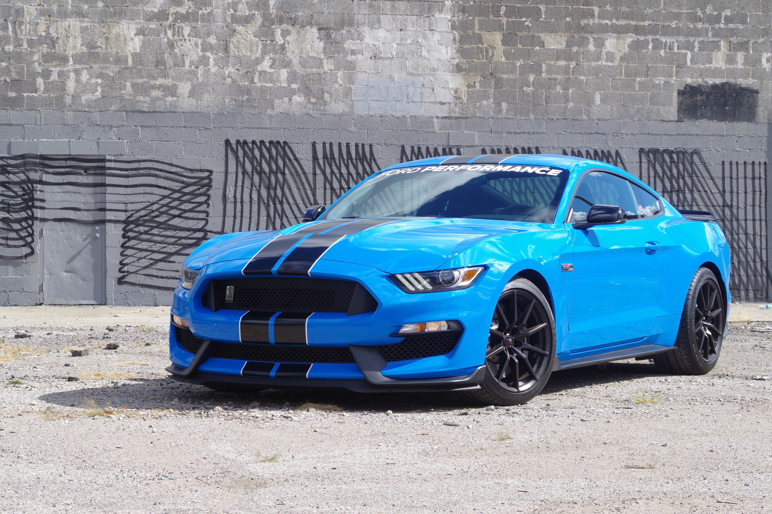 2017 Ford Shelby Gt350 Review Overkill