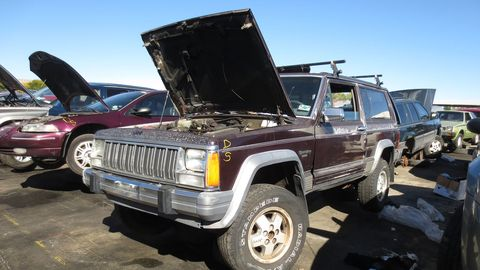 There has been a steady flow of XJ Cherokees in self-service wrecking yards in the post-Cash-For-Clunkers era.