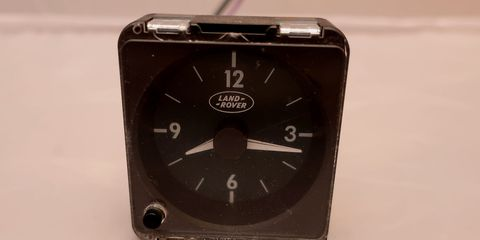The 2000 Jaguar XJ8 clock looks nearly identical, of course.