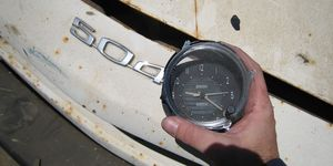 I pulled this clock in 2007, when it was still possible to find 504s in U-Wrench-It yards.