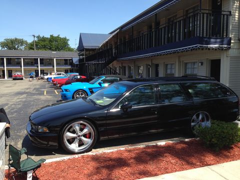 The parking lot at Sagamore is full of cruise-ready vehicles.