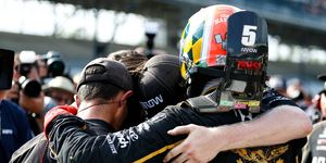 James Hinchcliffe and team hug it out after failing to qualify for the Indianapolis 500.