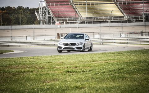 Mercedes-Benz has done a fantastic job of translating the S-class styling dynamic to the 2015 Mercedes-Benz C400 4Matic Sedan.